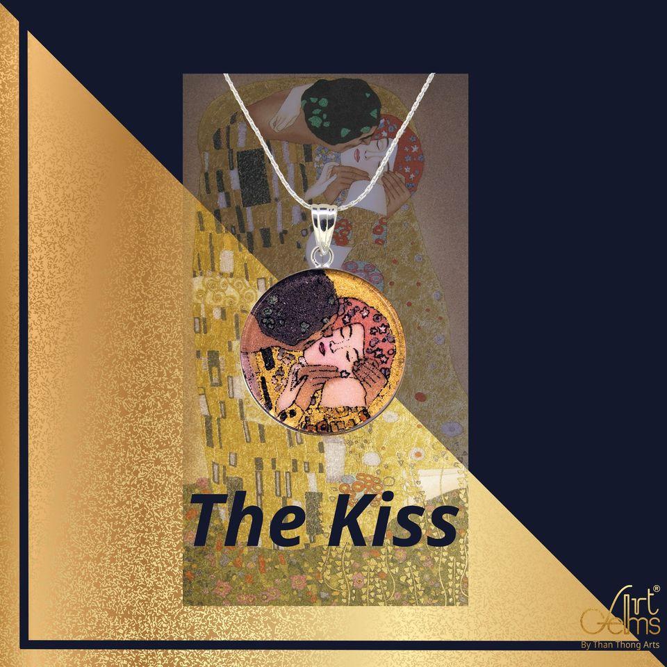'The Kiss' จุมพิตอันลือลั่นก้องโลก โดยจิตรกรผู้โด่งดัง Gustav Klimt