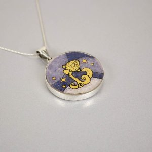 GemsArt Pendant : Aquarius, 12 Zodiacs Collection 30 mm.
