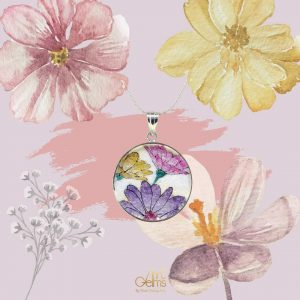 GemsArt Pendant : Fancy Daisy, Flower of Love Collection 30 mm.